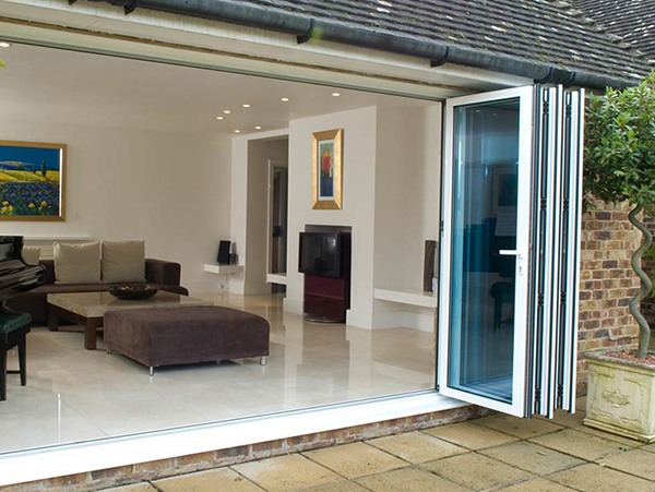 aluminium-bifold-doors-sussex